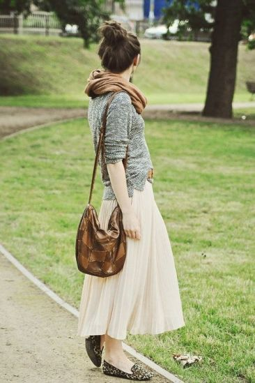 http://janeyfashionstylist.blogspot.com/2013/09/sweater-and-long-skirt.html