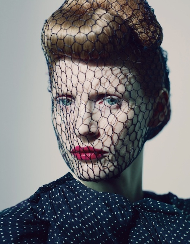 0Jessica-Chastain-by-Paolo-Roversi-Styled-by-Edward-Enninful-May-2012