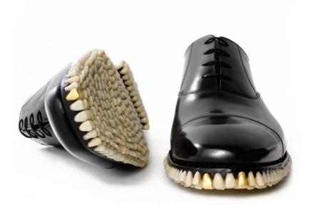 """Los zapatos y dientes de la serie """"ApexPredator"""""""