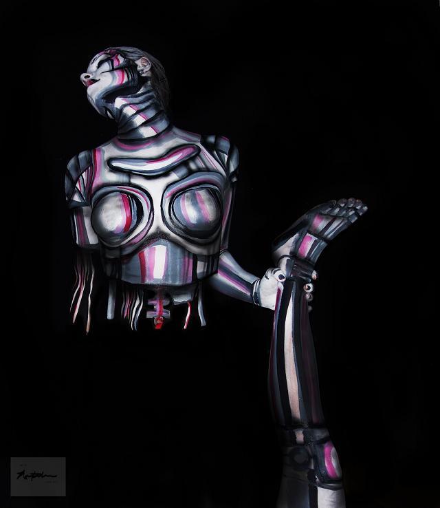 Robotress